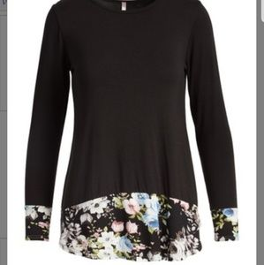 Tops - Floral trim tunic